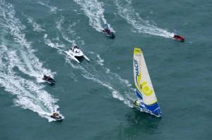 Gabart remporte le Vendée Globe ! dans Photos macif-gabart-arrivee-r-644-0-300x199